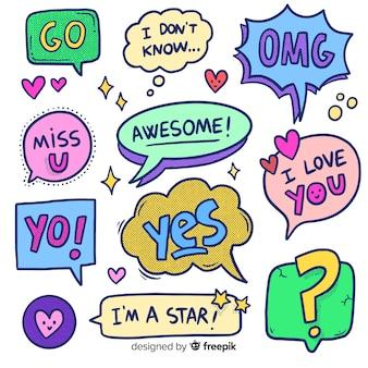 Burbujas de chat de dibujos animados dibujados a mano con variedad de mensajes