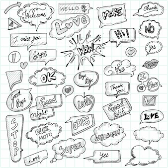 Burbujas de discurso cómico dibujadas a mano con diseño de boceto de mensaje popular