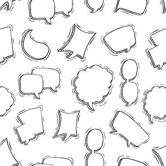 Burbujas de discurso de patrones sin fisuras con estilo doodle o boceto