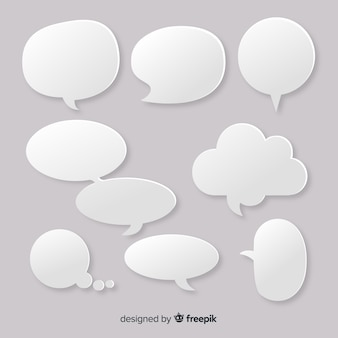 Burbujas de discurso vacío de diseño plano en estilo papel