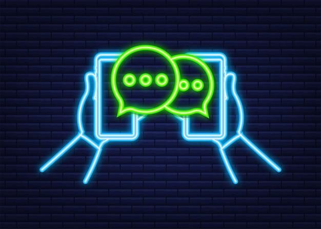 Burbujas de mensaje de chat en la pantalla del teléfono inteligente. icono de neón. red social. mensajería. ilustración de stock vectorial.