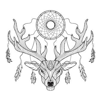 Cabeza de ciervo con cuernos y atrapasueños para camiseta.