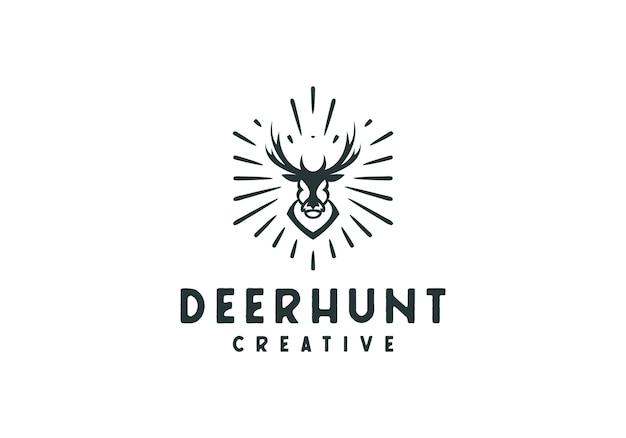 Cabeza de ciervo logo emblema rústico, caza