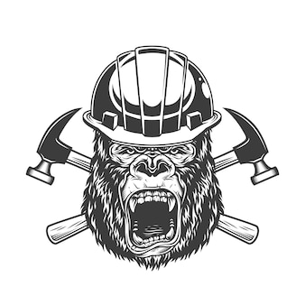 Cabeza de gorila feroz en casco de constructor