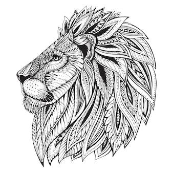 Cabeza de león dibujada a mano adornada con motivos étnicos.