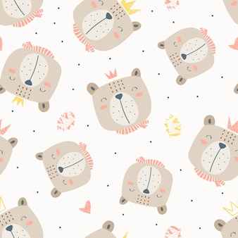 Cabeza de oso de patrones infantiles sin fisuras con corona en el fondo blanco