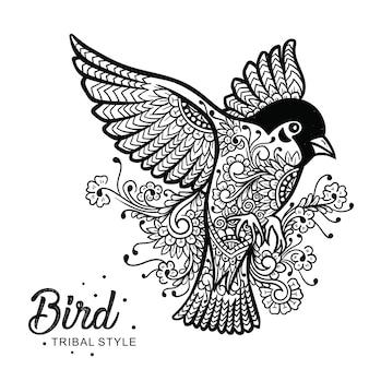 Cabeza de pájaro estilo tribal dibujado a mano