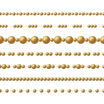 Cadena de cuentas de oro realista