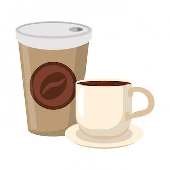 Café para llevar taza y taza en plato.