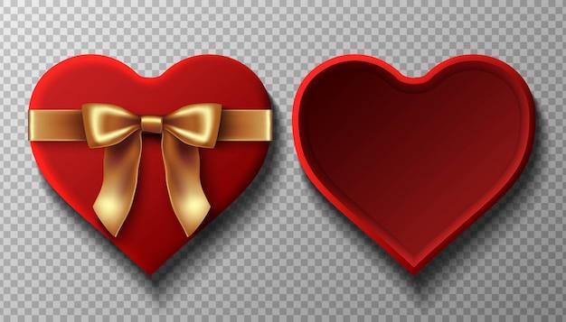 Caja abierta de terciopelo rojo con lazo dorado en forma de corazón. vista superior con fondo y tapa.