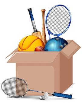 Caja de cartón llena de equipamiento deportivo aislado
