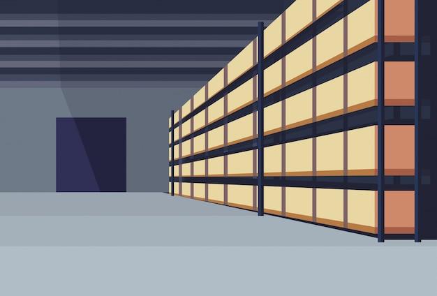 Caja de paquetería interior del almacén en el estante de entrega logística concepto de servicio de carga filas estantes