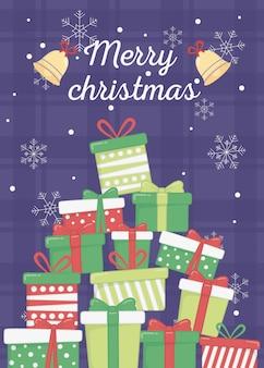 Cajas de regalo apiladas campanas copos de nieve tarjeta de feliz navidad