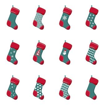 Calcetines de navidad colgando de una soga