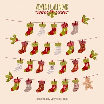 Calendario de adviento con días en forma de calcetines navideños