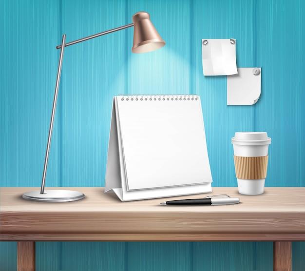 Calendario de mesa en blanco en el escritorio de madera