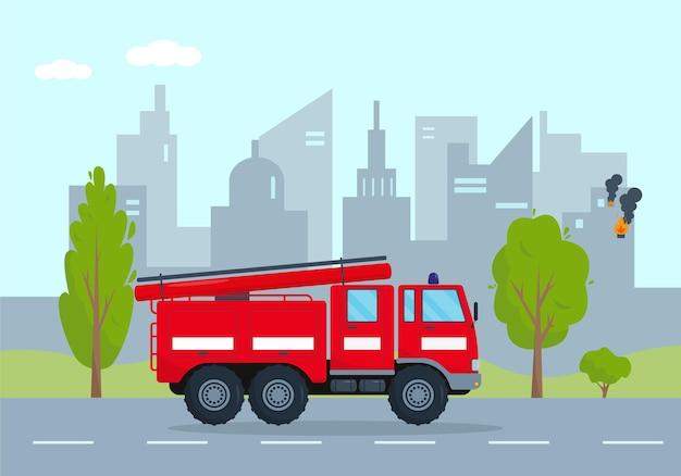Camión de bomberos en llamas en la ciudad. concepto de vehículo de servicio de emergencia. camión de bomberos rojo se apresura a rescatar.