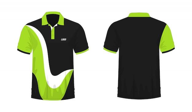 Camiseta polo verde y plantilla negra para diseño.