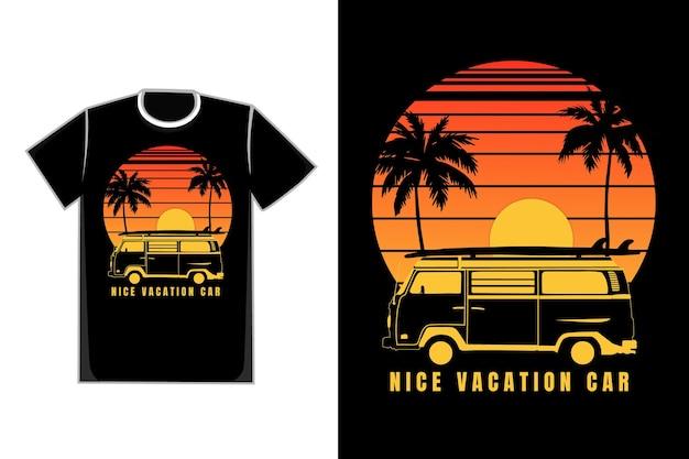 Camiseta silueta coche vacaciones atardecer cielo hermoso estilo vintage