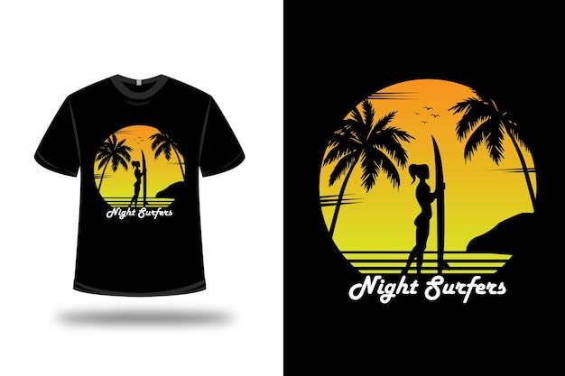 Camiseta de los surfistas nocturnos en naranja y amarillo.
