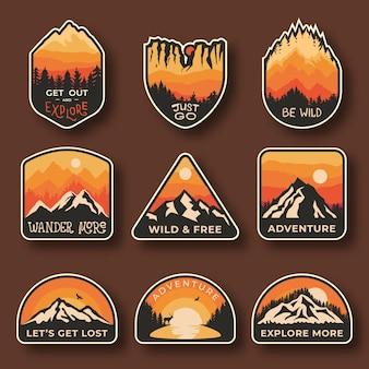 Camping emblemas de aventura al aire libre.