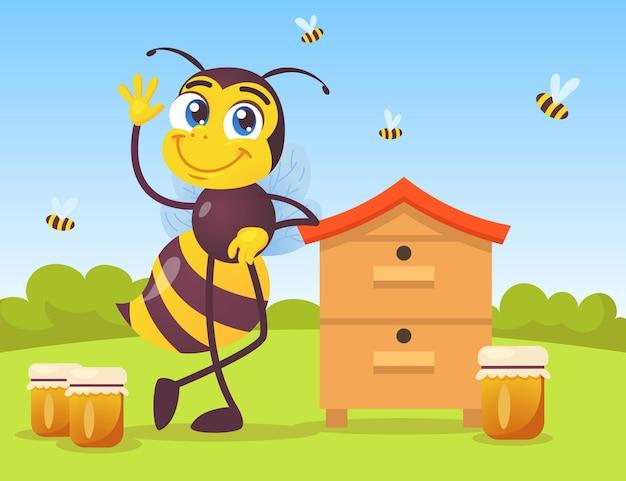 Carácter de abeja lindo apoyado en la colmena de madera en el campo. enorme insecto negro y amarillo ondeando, frascos de miel, abejas volando fuera de la ilustración de dibujos animados