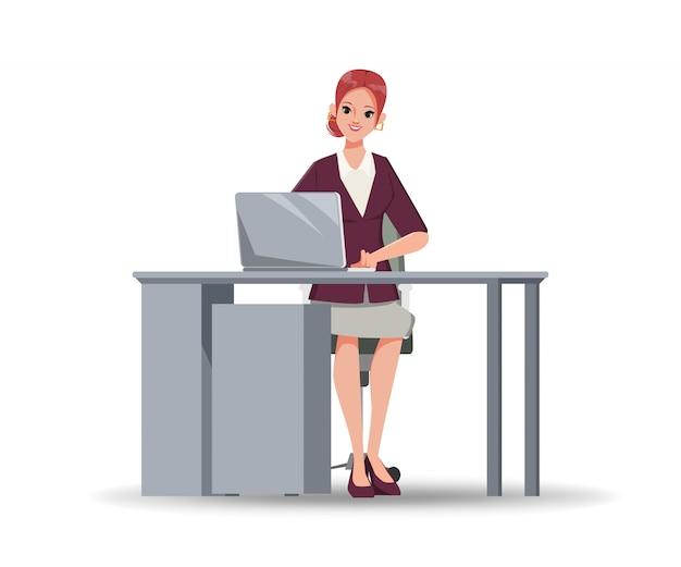 Carácter de la empresaria que trabaja con la computadora portátil en el escritorio de oficina.