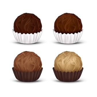 Caramelos de chocolate redondos en envoltura de papel corrugado