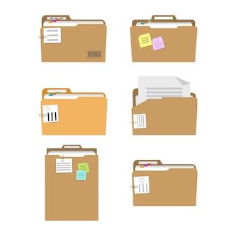 Carpetas con documentos, planes y tareas.