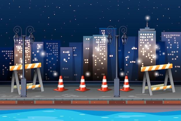 Carretera de construcción en la ciudad.