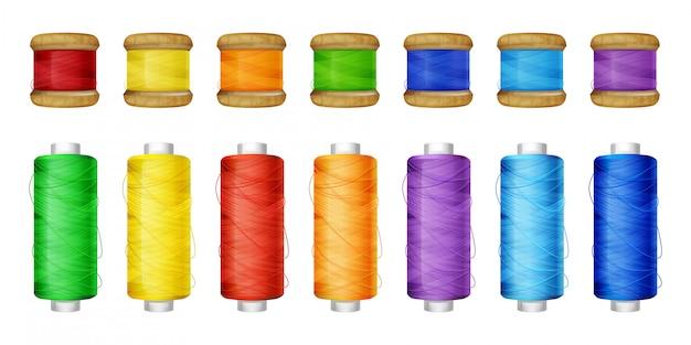 Los carretes de hilo de color establecen la ilustración de las herramientas de costura.