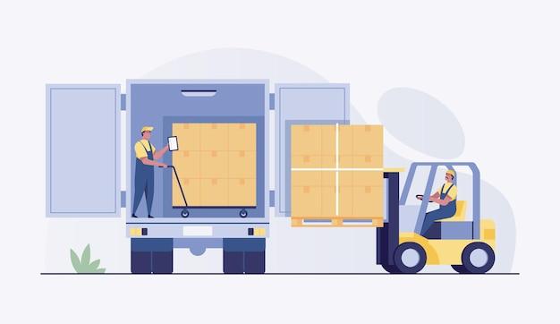 Carretilla elevadora cargando cajas de paletas en la vista trasera del camión.