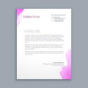 Carta de negocio con manchas de acuarela rosa