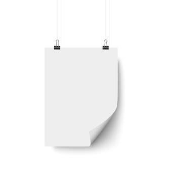 Cartel en blanco blanco colgando