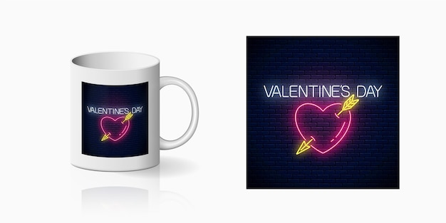 Cartel de neón del día de san valentín con forma de corazón con impresión de flecha para diseño de taza. feliz día de san valentín