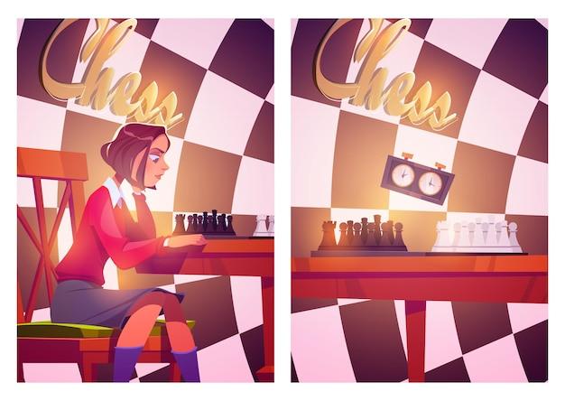 Carteles de ajedrez con niña juega juego de mesa con piezas y reloj