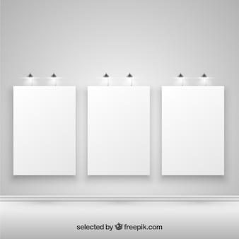 Carteles iluminados en blanco