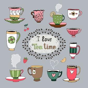 Cartouche central i love tea time con un marco foliado rodeado por una variedad de tazas de té