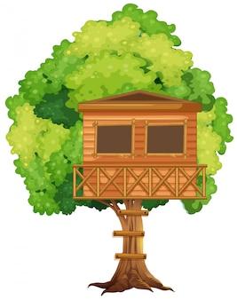 Una casa del árbol en el árbol.
