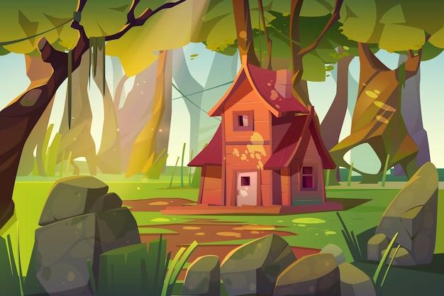 Casa de madera en bosque de verano.
