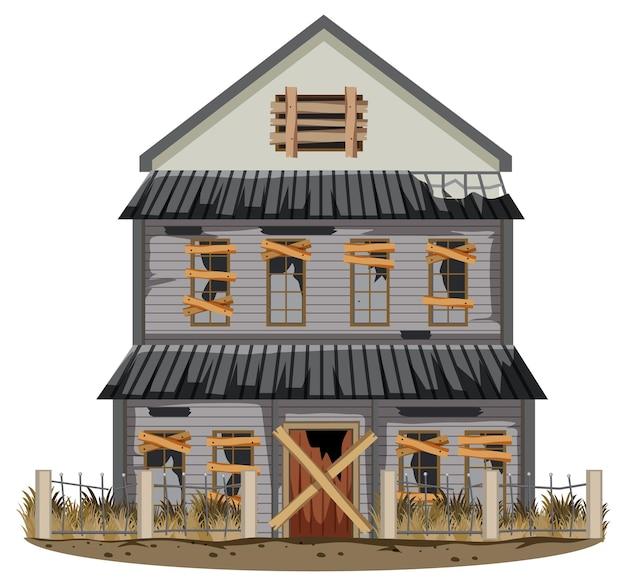 Casa rota vieja aislada en la zona rural