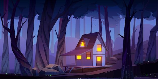 Casa sobre pilotes de madera mística, cabaña en el bosque nocturno