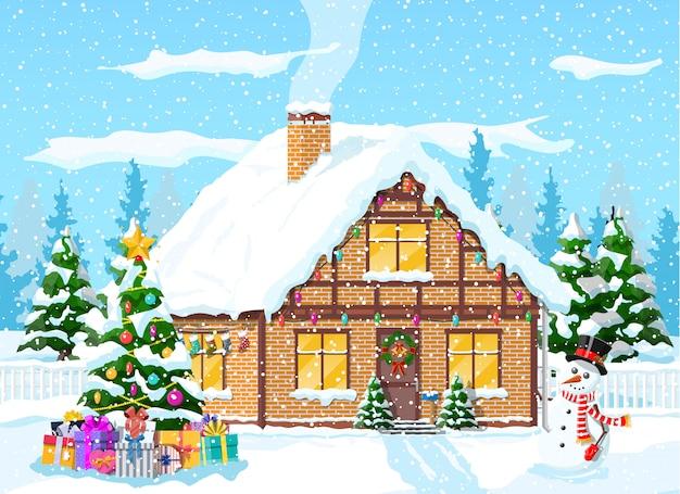 Casa suburbana cubierta de nieve.