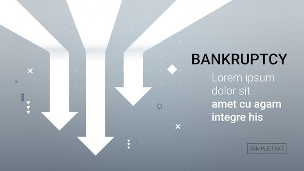 Cayendo flechas económicas a la baja crisis financiera bancarrota concepto de recesión del mercado