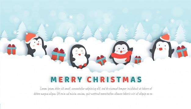 Celebraciones navideñas con lindos pingüinos en el bosque de nieve para la tarjeta de navidad