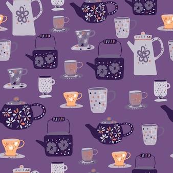 Ceremonia del té gris y naranja de patrones sin fisuras. ornamento de tazas y teteras de doodle sobre fondo púrpura.