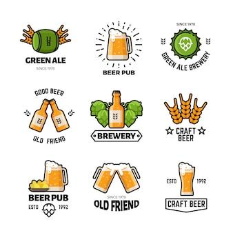Cerveza pub vector logotipos y emblemas. cervecería y elaboración de etiquetas vintage de elaboración.
