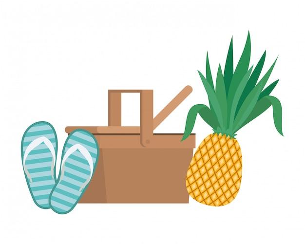 Cesta de picnic con frutas tropicales en blanco