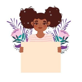Chica afroamericana pelo rizado y tablero en blanco