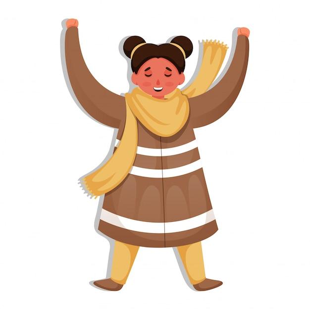 Chica alegre levantando sus manos en pose de pie.